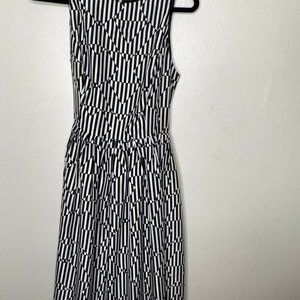 Isaac Mizrahi Black White Black Print Sleeveless
